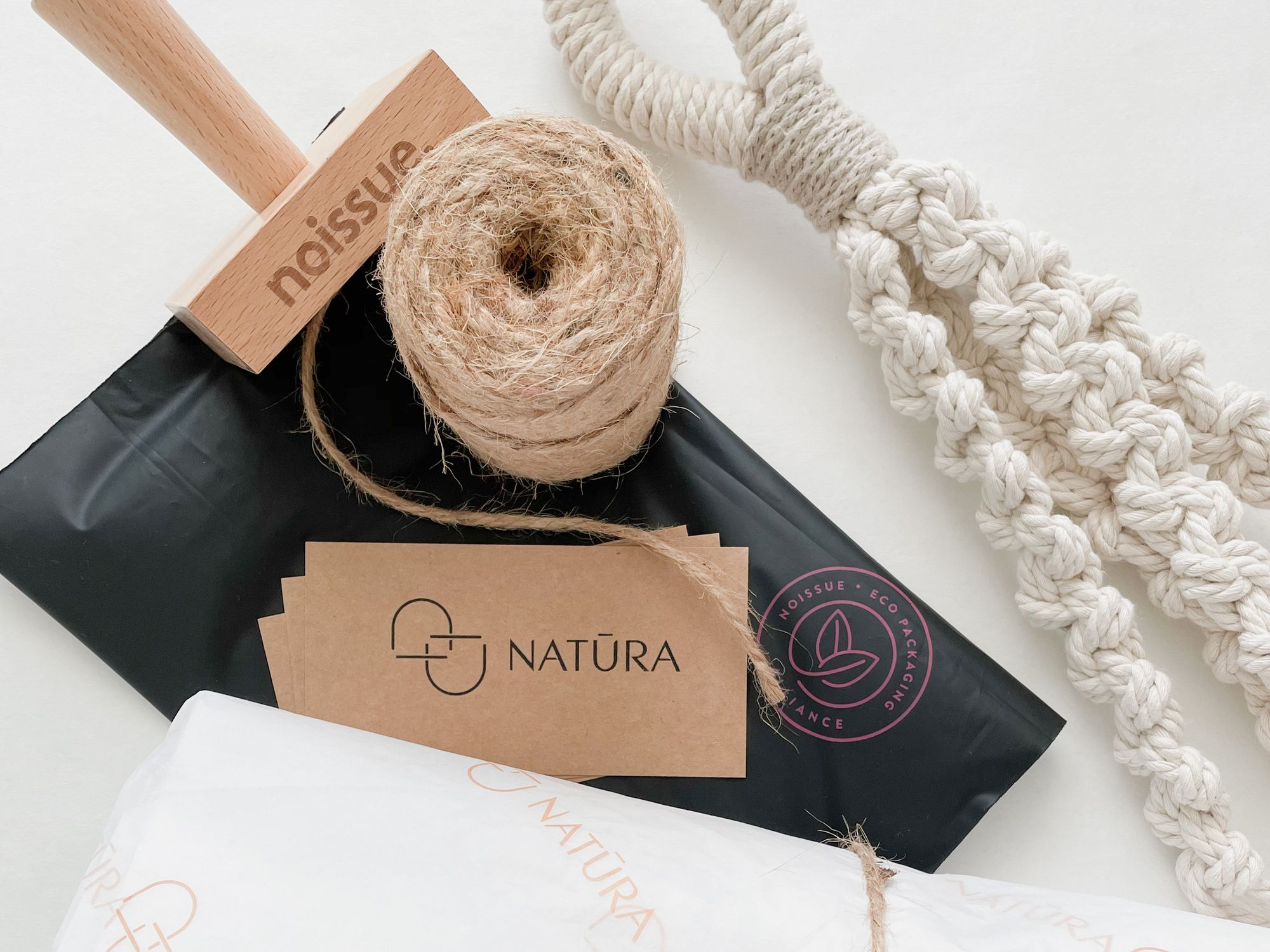 Natūra: Decorative Pieces Committed to the Well-being of the Planet