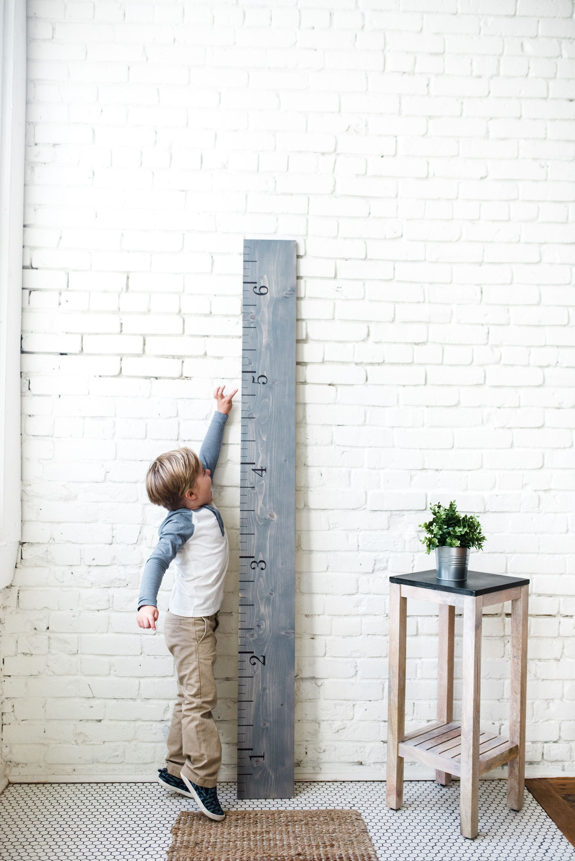 Sustainable Handcrafted Growth Charts with White Loft