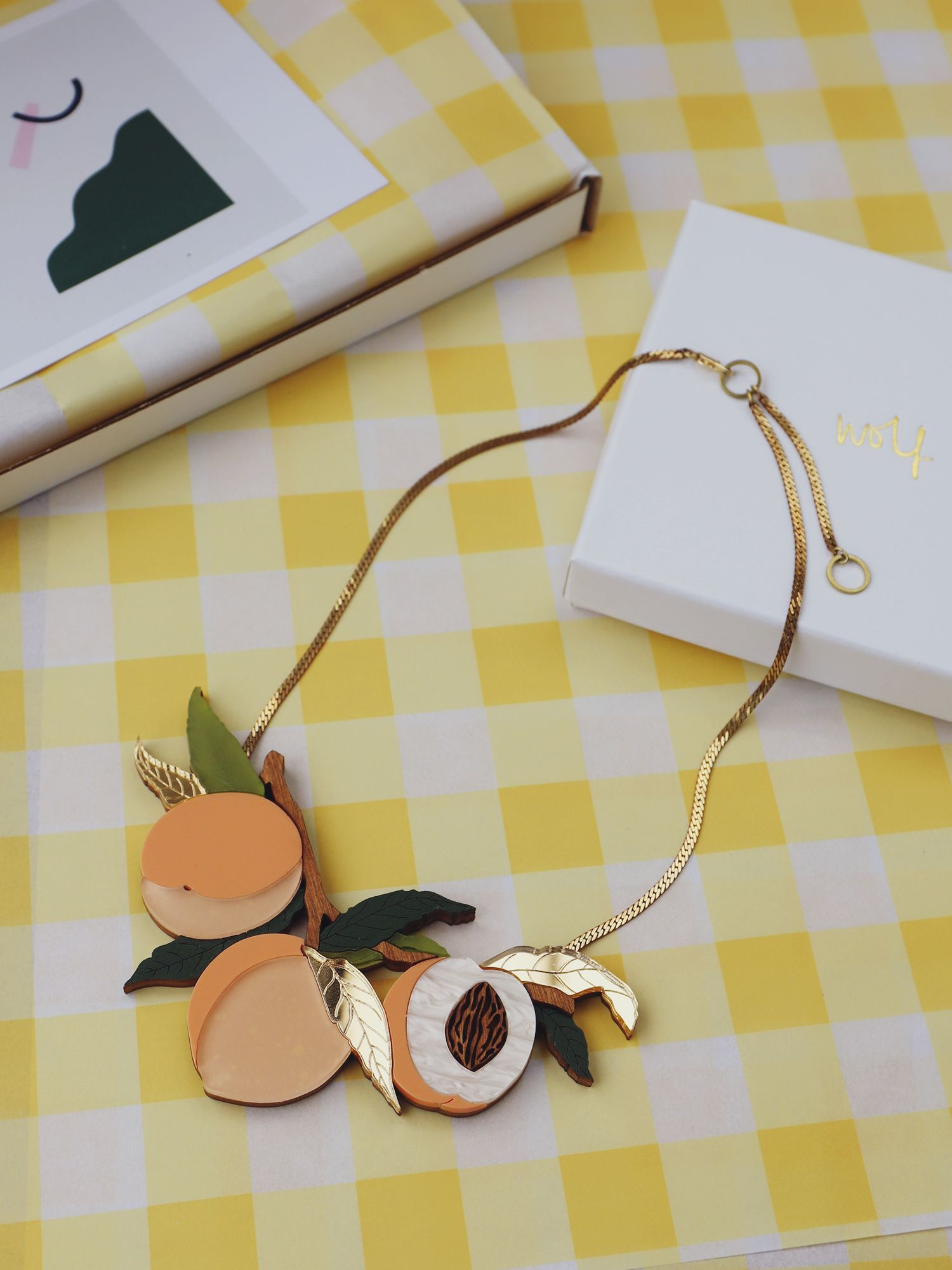 Wolf and Moon: Handcrafted Statement Jewellery with a Dash of Sustainability