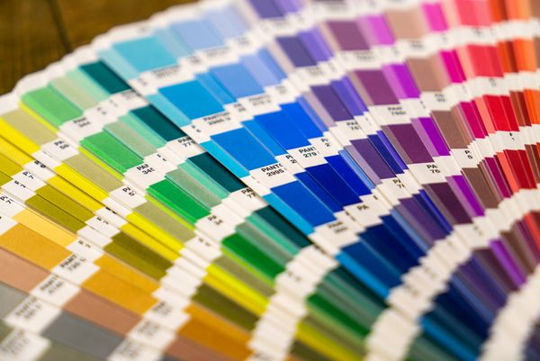 What to expect when printing with CMYK Colors and Pantone Colors